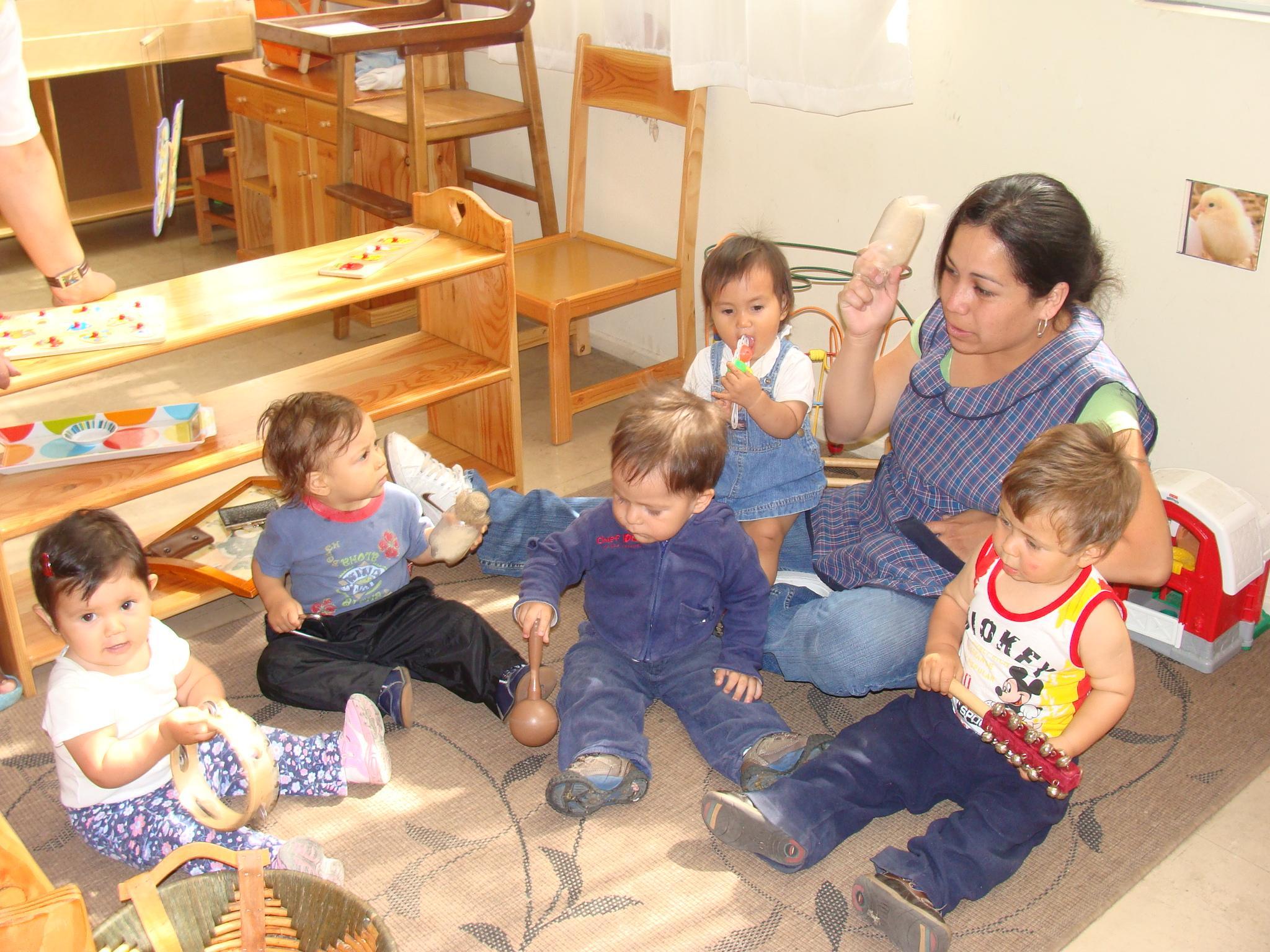 En qu fijarse para elegir un jard n infantil o sala cuna for Actividades para jardin maternal