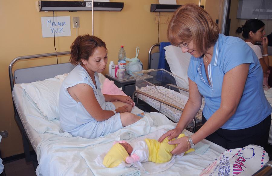 2011 p gina 272 - Cuna para bebe recien nacido ...
